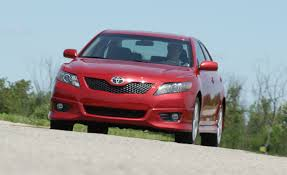 toyota full website 2010 toyota camry se short take road test reviews car and driver