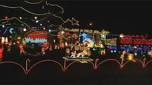 johnson city christmas lights families enjoy grand light display at buza s christmasland wbng