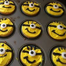minion cupcakes how to make minion cupcakes easy way rookie