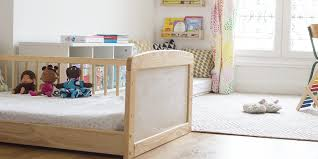 chambre montessori comment j ai aménagé la chambre montessori de ma fille de 2 ans