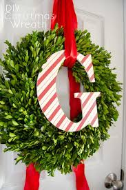 Pre Lit Decorated Christmas Wreaths by Decorative Front Door Wreaths Pre Lit Outdoor Christmas Wreaths