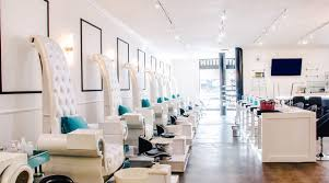 Nail Bar Table And Chairs Nail Bar U0026 Beauty Lounge In Los Angeles Gilt Com