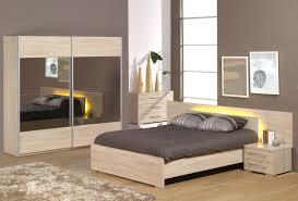 couleur de chambre a coucher moderne couleur chambre adulte moderne avec chambre pour adulte moderne cool
