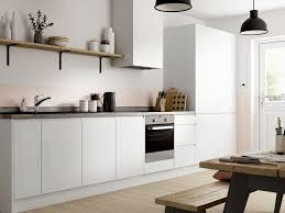 white gloss kitchen doors cheap ready to fit gloss white kitchen wickes