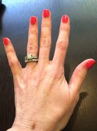 stuff i love cnd vinylux weekly nail polish