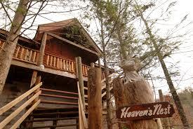 one bedroom cabin rentals in gatlinburg tn heaven s nest sky harbour 950 secluded pigeon forge pet