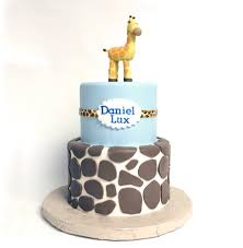 giraffe baby shower cakes giraffe baby shower cake coco desserts flickr