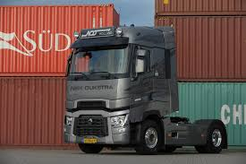 renault trucks t renault trucks u0027truck of the year u0027 voor niek dijkstra transport