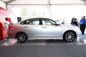 nissan sylphy impul nissan sylphy and livina x gear tuned by impul unveiled at super