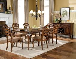 Cottage Dining Room Table Traditional Dining Table Furnished By Appoinments For Six Users