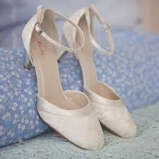 wedding shoes kitten heel uk rainbow club kitten heel wedding shoe like the lace and