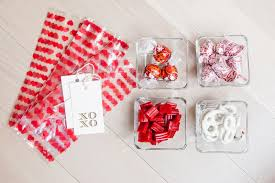 s day gifts for friends make valentines day gifts for your friends diy fashionable hostess