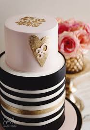 Home Decorated Cakes 25 Best Birthday Cake Tables Ideas On Pinterest Birthday Cake