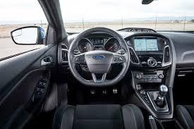 ford focus interior 2016 the leftovers camaro 1le vs m2 vs focus rs vs 124 spider abarth