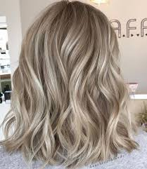 pictures of blonde hair with highlights and lowlights trendy hair highlights dimensional blonde highlights and