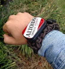 survival rope bracelet kit images Ultimate paracord bracelet survival kit 7 steps with pictures jpg