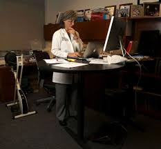 Benefit Of Standing Desk by Texas A U0026m Study Recommends U0027standing Desks U0027 In Elementary Schools
