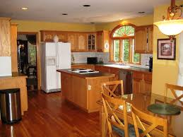 benjamin moore kitchen colors kitchen the yellow cape cod painting