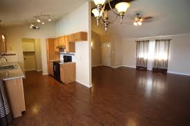 B An Q Laminate Flooring 4282 W Dayton Ave Fresno Ca 93722 Mls 490017 Movoto Com