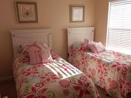 Schlafzimmer Mint Braun Funvit Com Schlafzimmer Dachschräge Farblich Gestalten