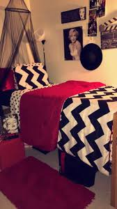 marilyn monroe house brentwood the 25 best marilyn monroe room ideas on pinterest marilyn