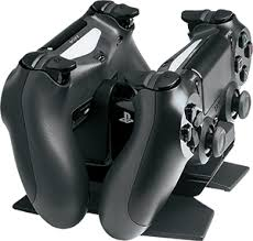 amazon ps4 controller black friday amazon com playstation 4 dual charging dock video games