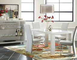 Kitchen Table Accessories by How To Accessorize Your Kitchen Table U2013 Art Van Blog We U0027ve Got