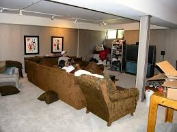 Basement Family Room Decorating Ideas - Family room in basement