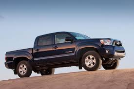 toyota tacoma autotrader 2013 toyota tacoma used car review autotrader