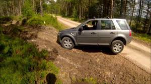 land rover freelander off road freelander 2 lr2 ditch articulation and boggy track youtube