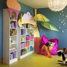 bibliotheque chambre enfant chambre enfant bibliothèque enfant idée originale couleur blanches
