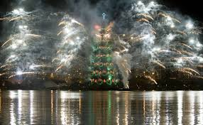 world biggest christmas tree christmas lights decoration