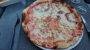 cuisine style cagne la pizza italienne picture of brasserie la concorde cagnes sur