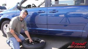 changing the tire on dodge grand caravan chrysler town and