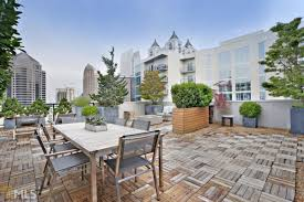 midtown atlanta penthouse with unreal sky terrace hankers for 1 3