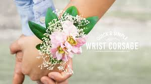 diy elastic wrist corsage quick and simple youtube