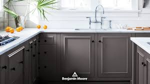 best paint finish for kitchen cabinets the complete guide to paint sheen janovic