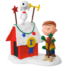 peanuts charlie brown and snoopy decked out doghouse sound