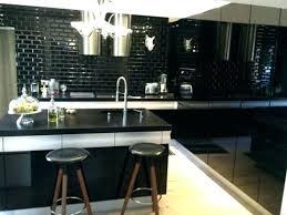 carrelage cuisine noir et blanc carrelage cuisine noir brillant carrelage noir brillant terres