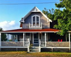 oak bluffs vacation rental home in martha u0027s vineyard ma 02557 1