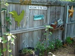 Build Vegetable Garden Fence by Vegetable Garden Fence Ideas Tips Beautiful Landscaping Designs