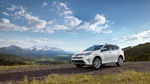 toyota dealership 2017 toyota rav4 vs 2017 nissan rogue in elkhart in heart city