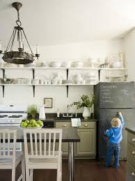 creative ways to paint kitchen cabinets friday finds creative ways to use chalkboard paint in the