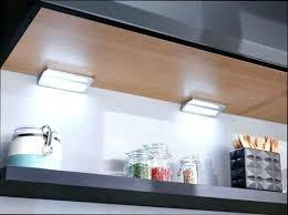 spot eclairage cuisine eclairage cuisine led meuble haut piles conseil spot lolabanet com