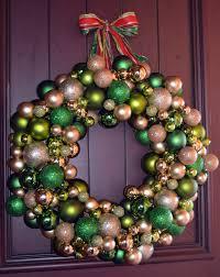 tis wreath season