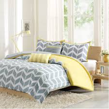 beautiful gray and yellow bedroom color theme with nice rugs