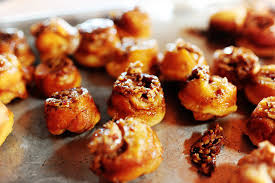 sticky pecan mini buns the pioneer woman