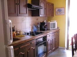 comment renover une cuisine renover cuisine en chene avec peinture meuble cuisine chene