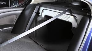 nissan versa hatchback 2012 2012 nissan versa sedan folding down the rear seats youtube