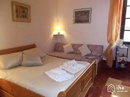 les chambres d une maison chambres d hôtes à olargues dans une propriété iha 5735